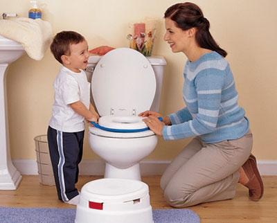 Tập cho bé đi vệ sinh như thế nào cho đúng cách