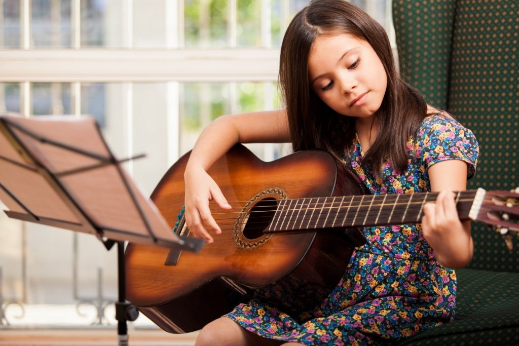 Mơ chơi đàn