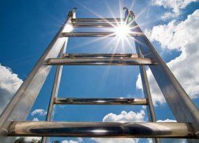 Mơ thấy chiếc thang