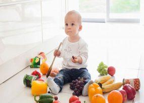 cho bé ăn dặm bằng hoa quả