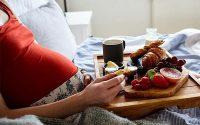 Sau khi sinh bà bầu nên ăn gì