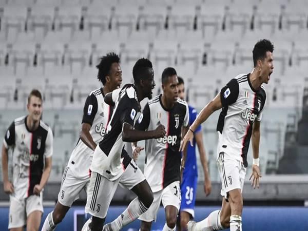 Cagliari-vs-Juventus-tai-vong-37-Serie A