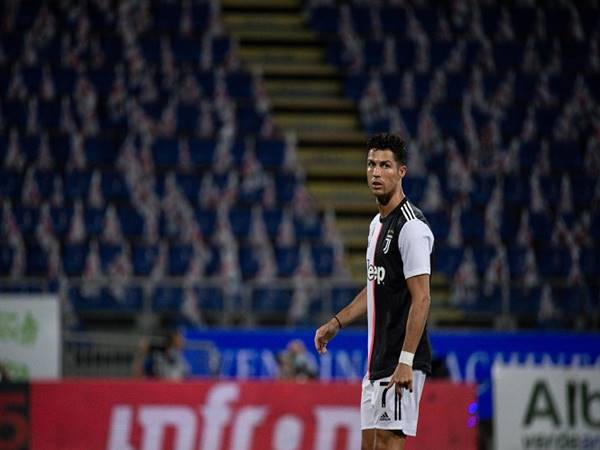 Ronaldo-da-het-co-hoi-co-them-ban-thang-trong-cuoc-dua-voi-immobile