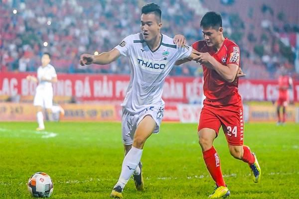 chuyen-nhuong-v-league-26-11-trung-ve-hagl-den-hl-ha-tinh