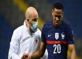 Tin bóng đá chiều 1/4: Chấn thương của Martial không nghiêm trọng